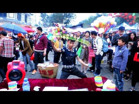 INSANE SLINKY SKILLS: Crazy Street Performance in China