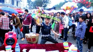 INSANE SLINKY SKILLS: Crazy Street Performance in China