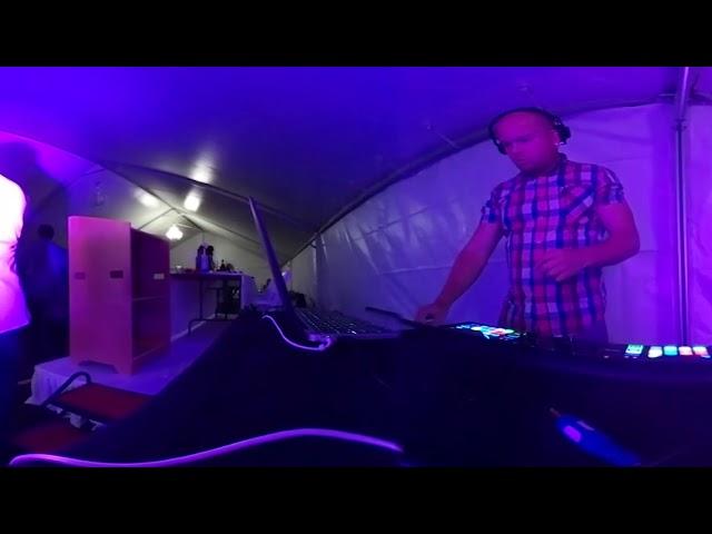 Andrew & Meena's Wedding - Bhangra 360 (feat. Ryan Betts on the dhol)
