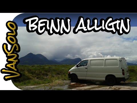 Climbing Beinn Alligin in Scotland