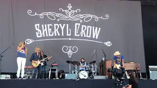 Sheryl Crow - Wouldn't Want to Be Like You (snippet live at Isle of Wight 2018)