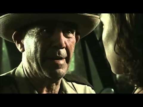 Decades of horror sheriff hoyt charlie hewitt youtube - Non aprite quella porta remake trailer ...