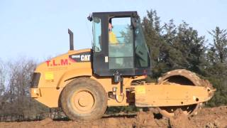 Cat CS-433E Padfoot Roller Compacting Sticky Clay