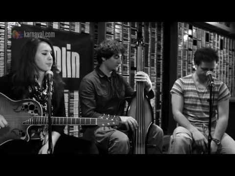 Candan Tezel - Özledim Seni (B!P Akustik)
