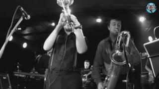 Скачать St Petersburg Ska Jazz Review Live Completo