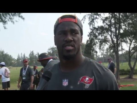 JoeBucsFan.com & Lavonte David In Hawaii - Pro Bowl 2016