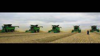 Video 2015 - Combining canola with John Deere S690 combines in Saskatchewan download MP3, 3GP, MP4, WEBM, AVI, FLV November 2017