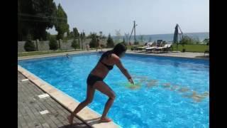 Уроки ныряния в бассейн. Как научиться нырять в три подхода.