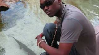 Watch Busy Signal Trading Places video