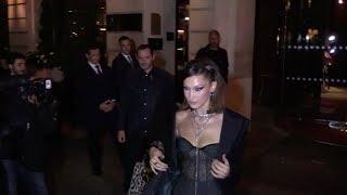 Baixar EXCLUSIVE : Sexy Bella Hadid goes to Jean Imbert restaurant in Paris