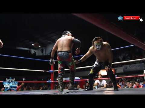 Juventud Guerrera vs Sharly Rockstar con MDA en Arena Coliseo Monterrey