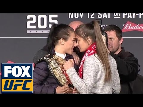Joanna Jędrzejczyk-Karolina Kowalkiewicz stare down at UFC 205 pre-fight press conference | UFC 205