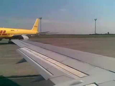 Ferihegy 1 taxi with Air Slovakia 737-400