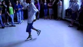 "JB vs. Brady - Dancing to ""You"