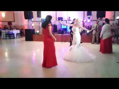 The super dollar dance in a wedding