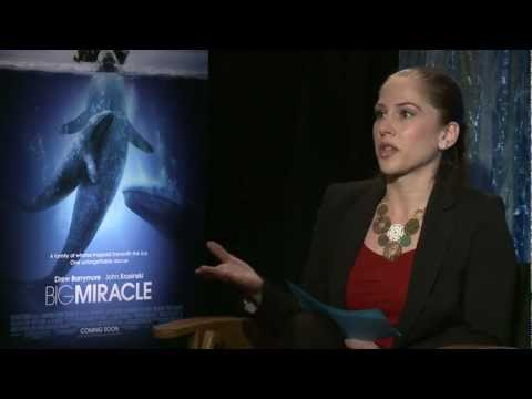 Ana Talks To Kristen Bell, John Krasinski, Drew Barrymore, & Ted Danson for Big Miracle