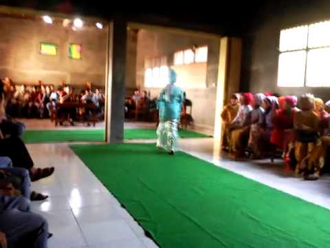 Fashion Show Hari Kartini SMK Yafalah Ginggang Gubug Part 04