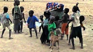 Les enfants (Siratoma MALI 2011).AVI