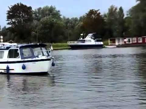 mtb102 & the-norfolk-broads.co.uk arrival at Beccles