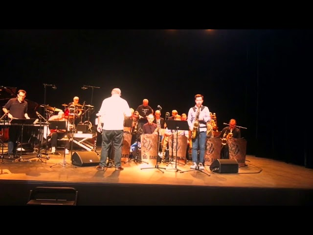 Plein Jazz Big Band & Franck Tortiller - Valse1