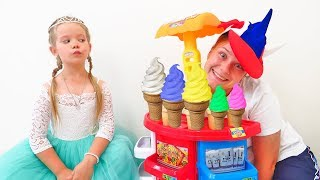 Лера и Мама делают мороженое для принцессы