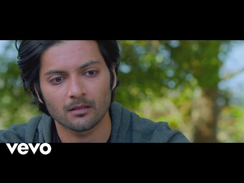 Baatein Ye Kabhi Na - Khamoshiyan | New Full Song...