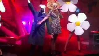 Оля Полякова - #Шлёпки (live, Olmeqa Plage)