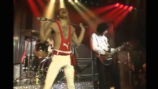 Queen (Freddie Mercury): I Want To Break Free (Live Semiwidescreen) HQ sound