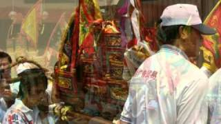 Video My Choice - Chinese New Year 2011: Year of the Rabbit download MP3, 3GP, MP4, WEBM, AVI, FLV Juni 2018