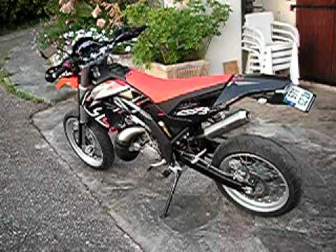 aprilia sx 125 youtube. Black Bedroom Furniture Sets. Home Design Ideas