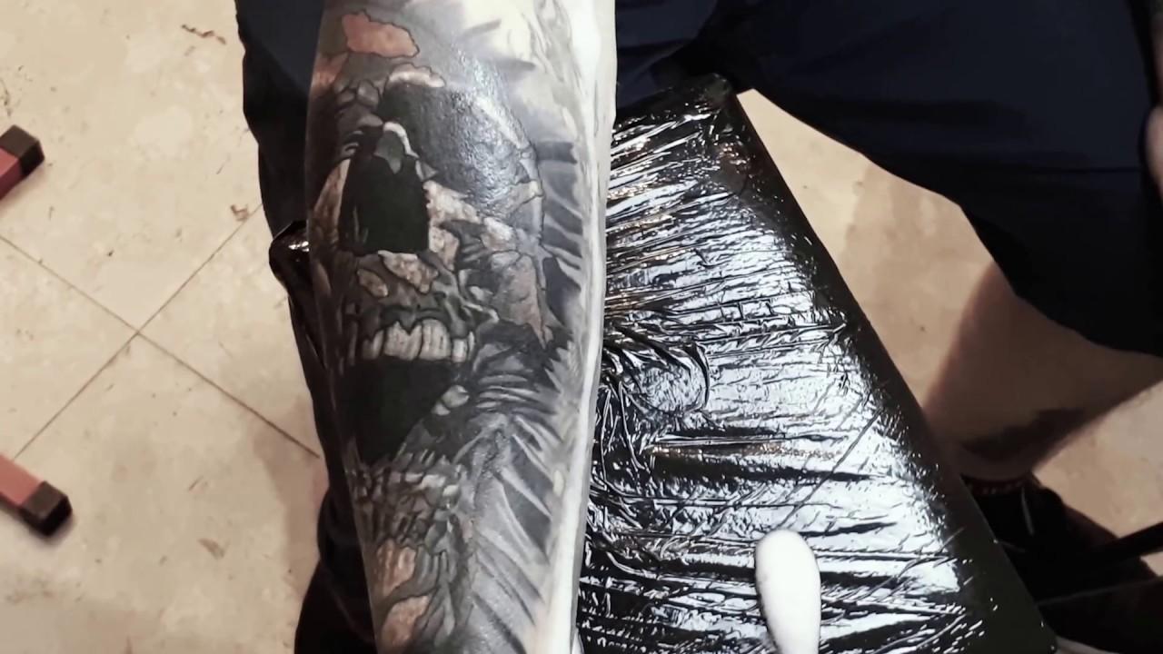 Niesamowity Cover Starego Tatuażu Sky Tattoo
