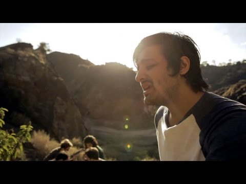 Young The Giant: Every Little Thing (In The Open)