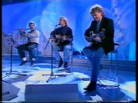 THE MOODY BLUES-VOICES IN THE SKY-NIWS-PEBBLE MILL-BBC 1-14.DEC.1993
