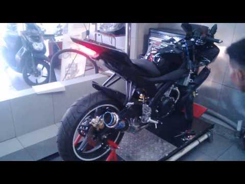 Yamaha R15 Knalpot Yoshimura USA Carbon Full System