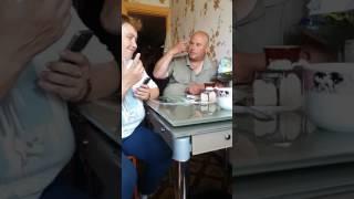 Ивангай отдыхает)по сравнению с моим батей который играет в игру Алиес)))