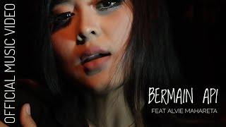 KAPAL TANAH SKAKING Ft ALVIE MAHARETA - BERMAIN API ( OFFICIAL MUSIC VIDEO )