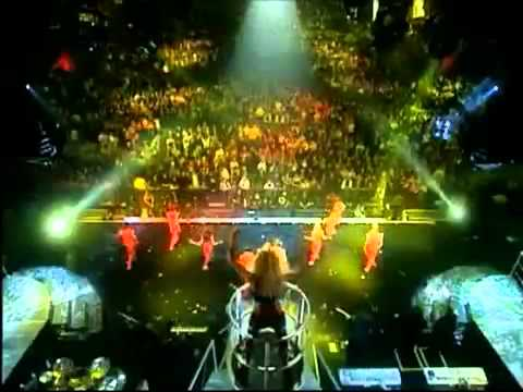 Download 8.-Britney Spears (Oops!...i Did It Again)Live London HD
