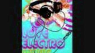 Жанна Фриске - А На Море Белый Песок (DJ Miller & DJ Noiz Remix).wmv