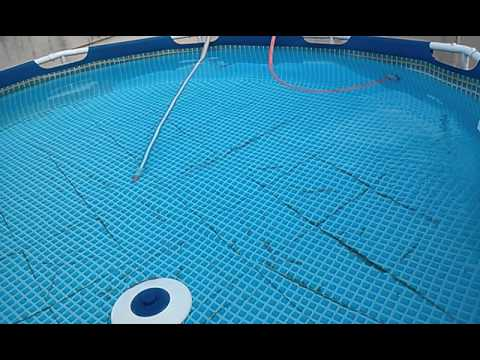 Como aspirar sem drenar e limpar a gua da piscina f cil for Piscinas de plastico para ninos