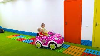 Nós gostamos de jogar Canção Infantil | Música para crianças de Five Kids
