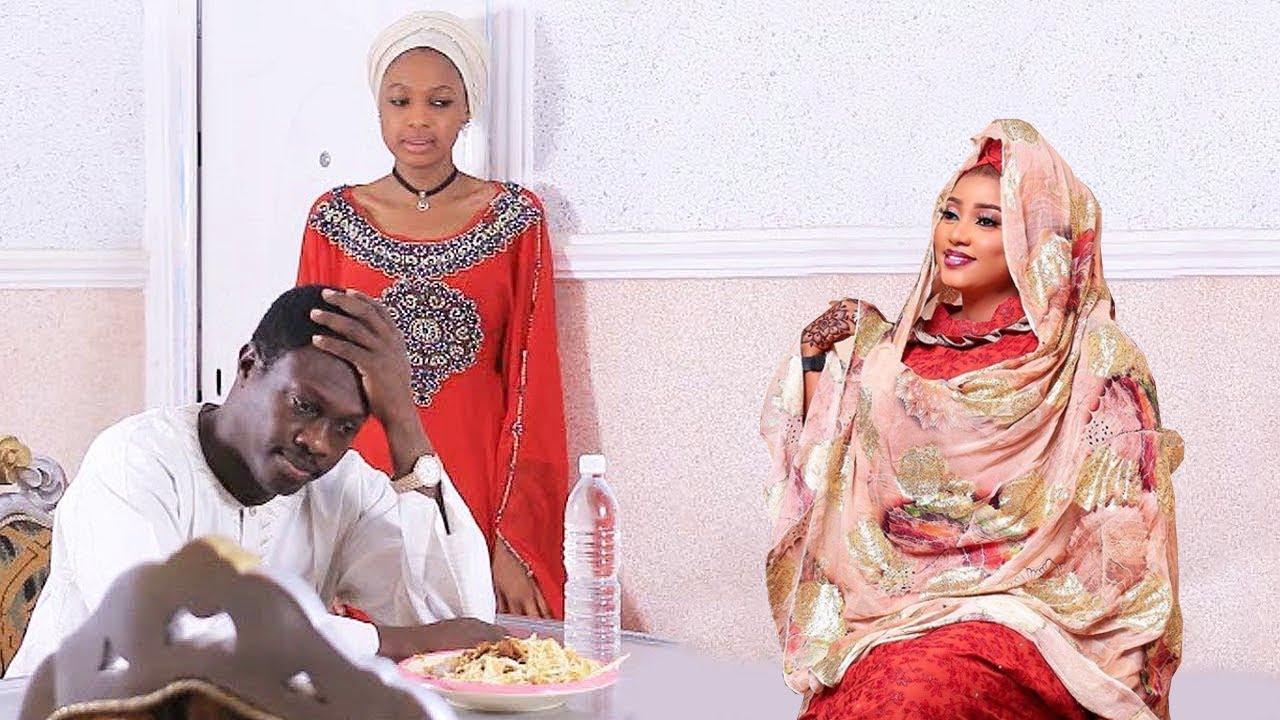 Download Sabuwar amaryar Ali Nuhu bata san girkin indomie ba - Hausa Movies 2020 | Hausa Films 2020