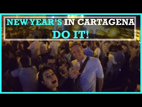 NEW YEARS in Cartagena! (My first time!)