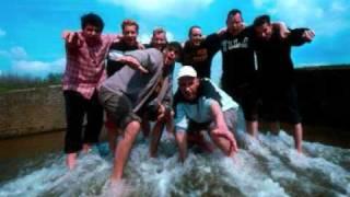 Def P en de Beatbusters - Dit moment