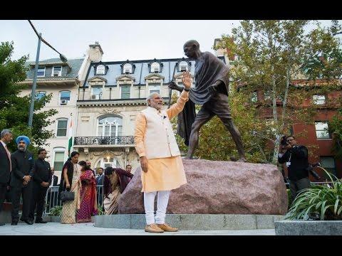 Modi pays floral tribute to Gandhi in Washington