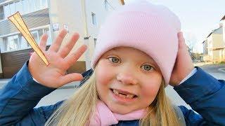 Лера и веселая история про занозу в пальце