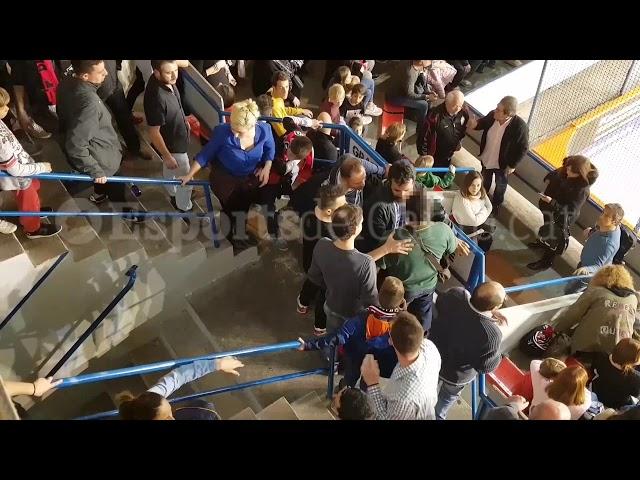 Gritos  antiespañolistas generan una reyerta en la grada del Reus-Liceo