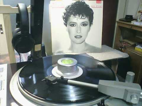 Melissa Manchester   B4「Your Place Or Mine」 from HEY RICKY