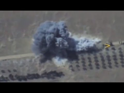 AERIAL: Russian Air Force targets ISIS fighters retreating to Deir ez-Zor, Syria
