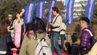 高崎クラッシックカーフェスティバルでのバンド演奏オリジナル曲って言...