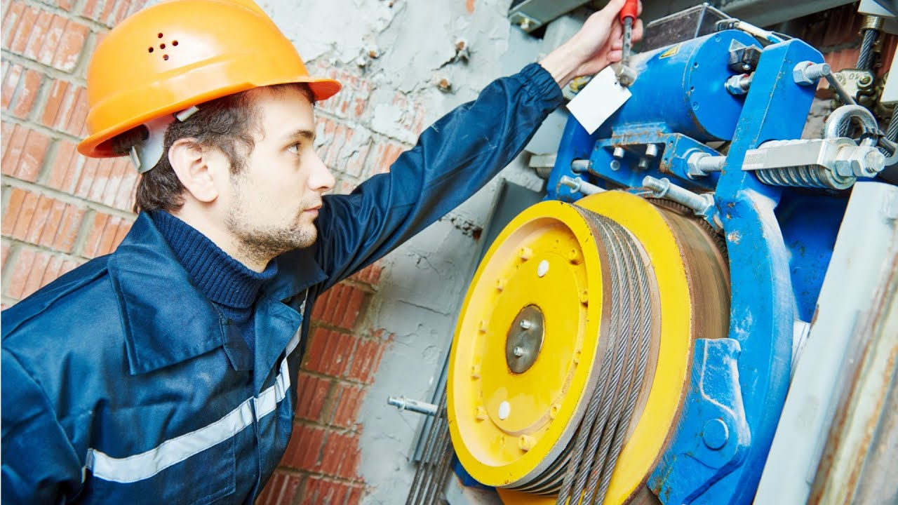 47-4021 00 - Elevator Installers and Repairers